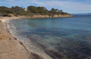 La La plage noire du Langoustier